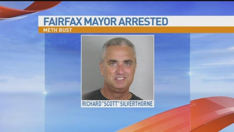 Virginia mayor to resign after arrest in drugs-for-sex sting