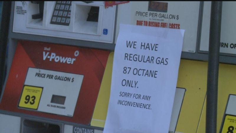 Drivers deal with higher gas prices as Alabama pipeline repairs continue