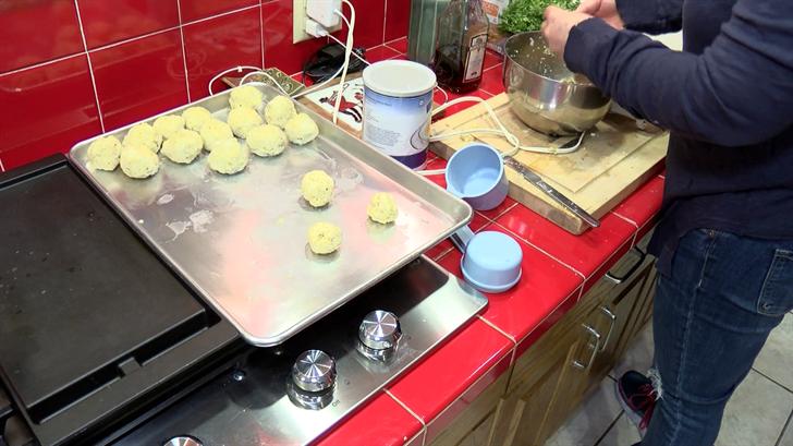 Kathleen Wides prepares Matzah balls
