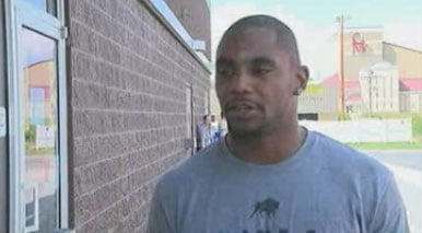 Ahmad Bradshaw during a July 2012 autograph signing in Princeton.