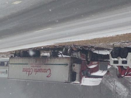 I77 SB accident - Photo: Kevin Niewood