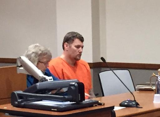 Don Dicken enters plea to voluntary manslaughter in the beating death of Bradley auto shop owner Glen Farrow.