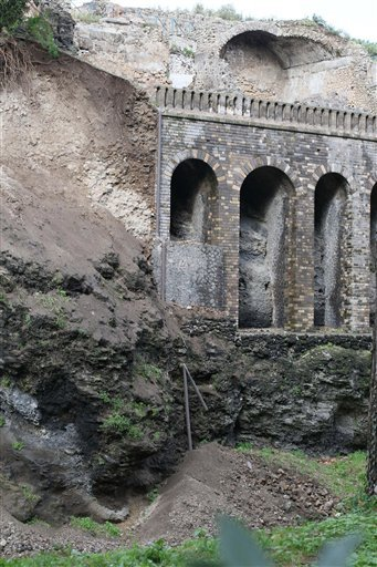 (AP Photo/Cesare Abbate, Ansa). A landslide due to heavy rains is seen in the ancient site of Pompeii, Italy, Wednesday, Feb. 4, 2015.
