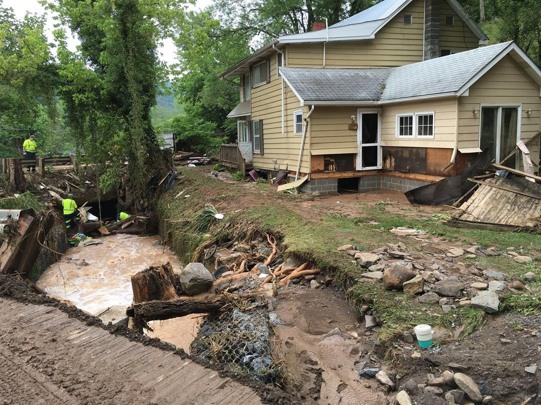 residents in summers county continue to clean up after flash flo